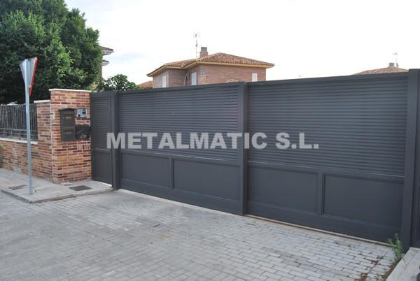 Metalmatic puertas de garaje correderas metalmatic for Puertas de garaje precios
